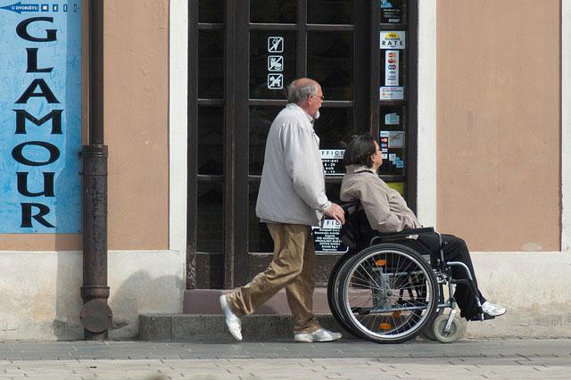Jakie są rodzaje niepełnosprawności ruchowej? – sprzęty dla osoby niepełnosprawnejJakie Jakie są rodzaje niepełnosprawności ruchowej
